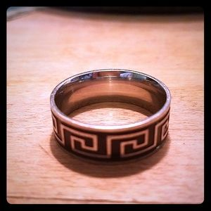 Black and silver maze ring.